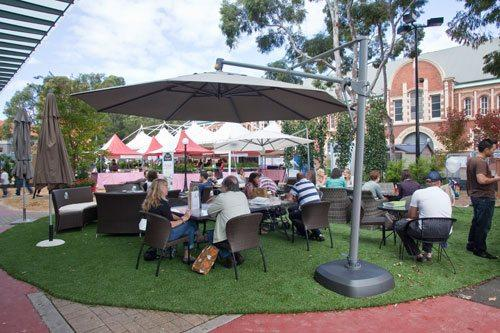 Outdoor Melbourne Cup themed party